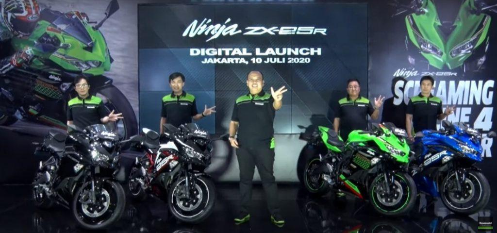 ราคาในการเปิดตัว Ninja ZX-25R ที่ประเทศอินโดนีเซีย Ninja ZX-25R Rp. 96.000.000,- แปลงเป็นเงินไทยก็ประมาณ 208,000 บาท ส่วนตัว SE เปิดราคาอยู่ที่ Rp. 112.900.000,- แปลงเป็นเงินไทย 244,000 บาท